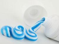 Chữa bệnh xuất tinh sớm bằng kem đánh răng